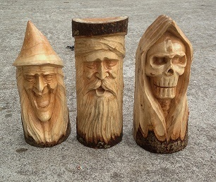 Wooden log carvings chiselcraft
